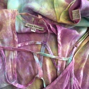 Tiare Hawaii Tops - Tiare Hawaii M/L Tye Dye Cut Out Back Tunic